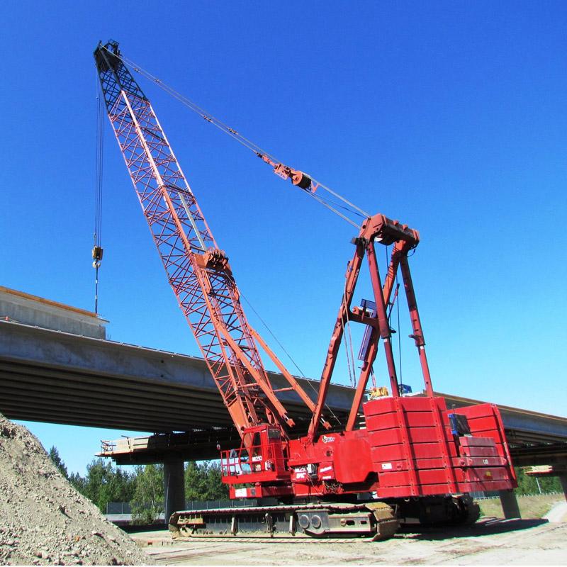2250-manitowoc-boom-crawler-cranes