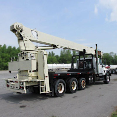 900A-stand-up-national-boom-trucks