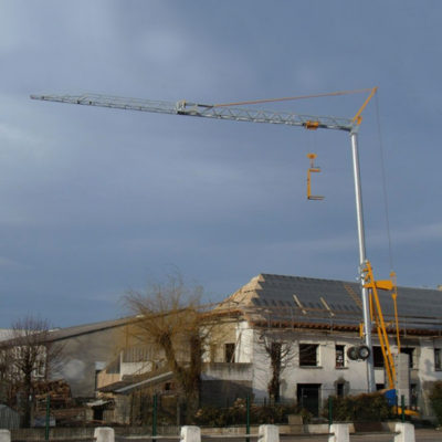 Igo-13-Igo-Self-Erecting-Crane