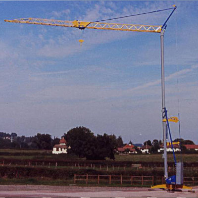 Igo-15-Igo-Self-Erecting-Crane
