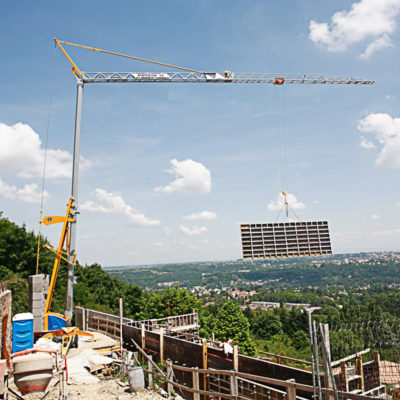 Igo-22-Igo-Self-Erecting-Crane