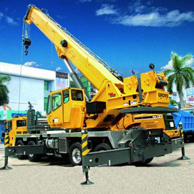 TMS700E-Truck-Mounted-Crane-Grove