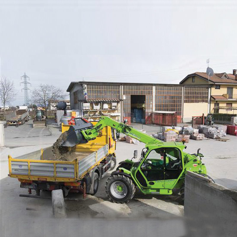 p-32-6-plus-compacts-telehandler-merlo