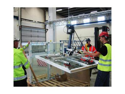 lifting glass sheet